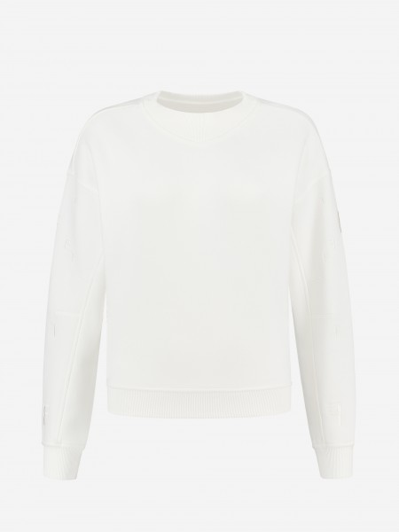 Sweater wit F embroidery