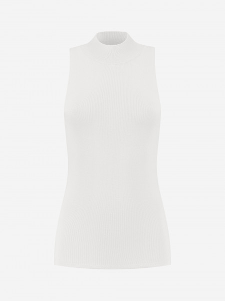 FITTED SLEEVELESS TOP