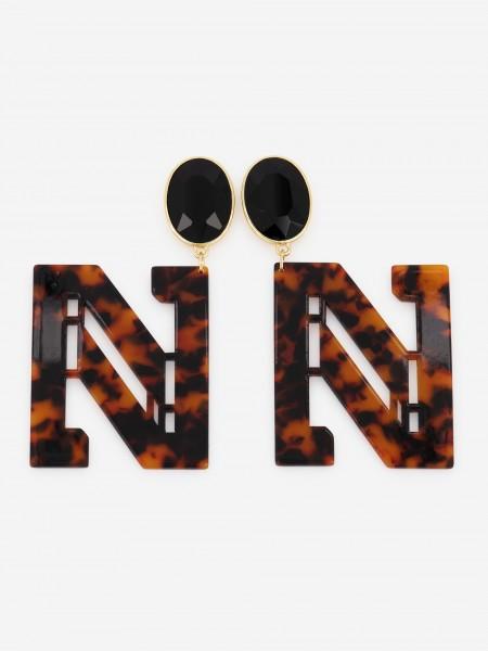 N logo earrings with tortoise print