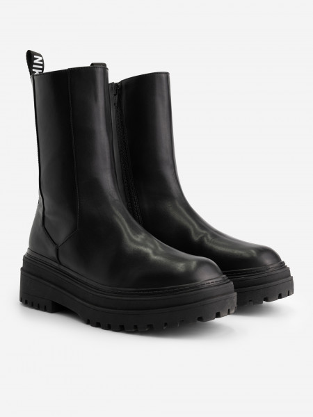 BOOTS WITH LOGO STRIPE