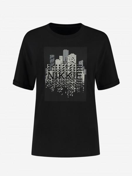 T-shirt with skyline