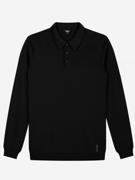 Long sleeves polo with three button closure