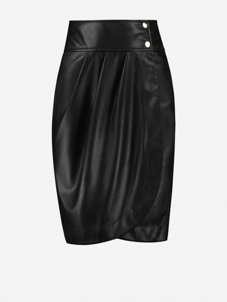 Wrapped skirt with two buttons