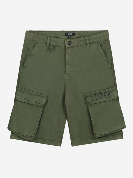 Short with cargo pockets