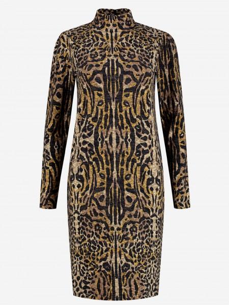 Comfy dress with animal print